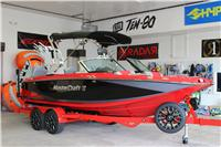 2014 MasterCraft X25 Viper Red & Midnite Black