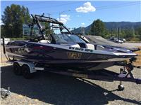 2011 Axis A22  **LOADED**