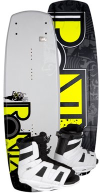 Ronix District Wakeboard with District Boot 143 (2012)