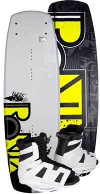 Ronix District Wakeboard with District Boot 134 (2012)