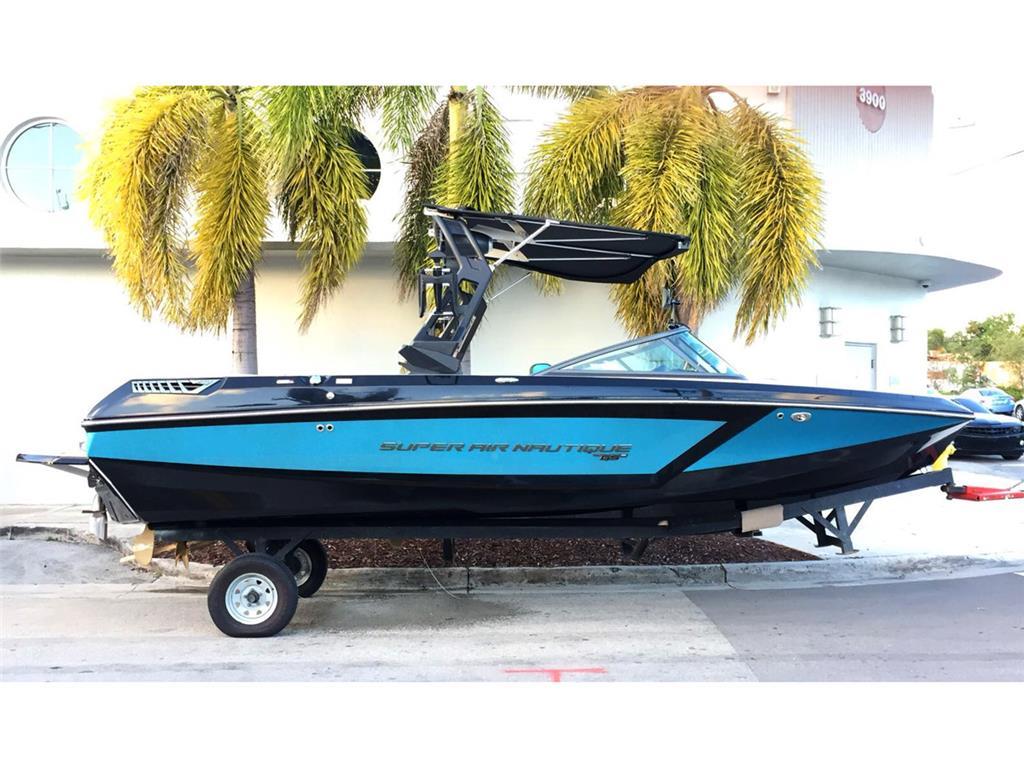 2018 Super Air Nautique GS22 - Coastal - Onyx Black | Reef Metal Flake Blue (8008)