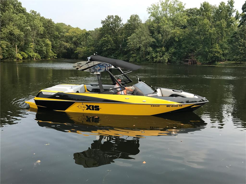 Axis Boats For Sale >> 2014 Axis T22 Like New For Sale In Leesburg Indiana