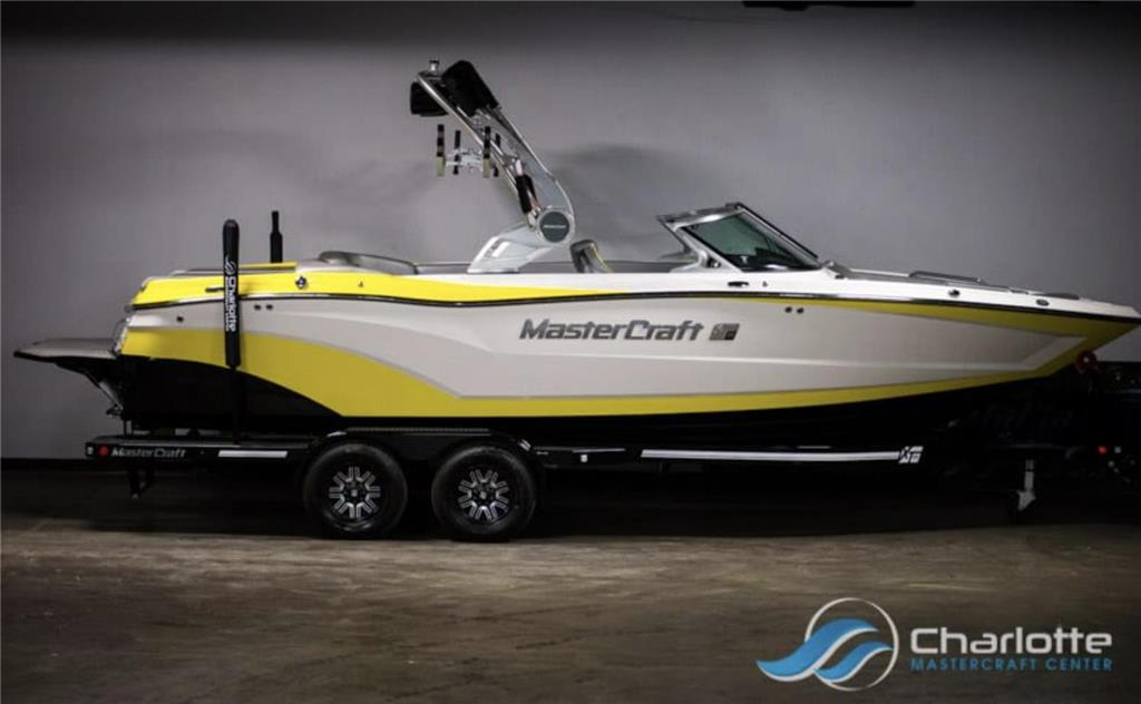 2018 MasterCraft XT23 ***LOWEST PRICING IN THE COUNTRY!! ASK ABOUT FREE DELIVERY!!***