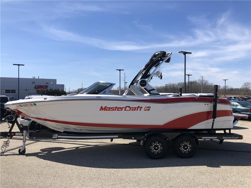 2018 Mastercraft XT23 LOADED, All New Dual Screen Dash Package Rear View Camera Dockstar handling system low hours, was $174,000, now $122,000