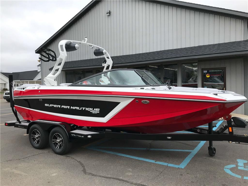 2019 Super Air Nautique GS20 Wakeboard / Surf / Ski Boat