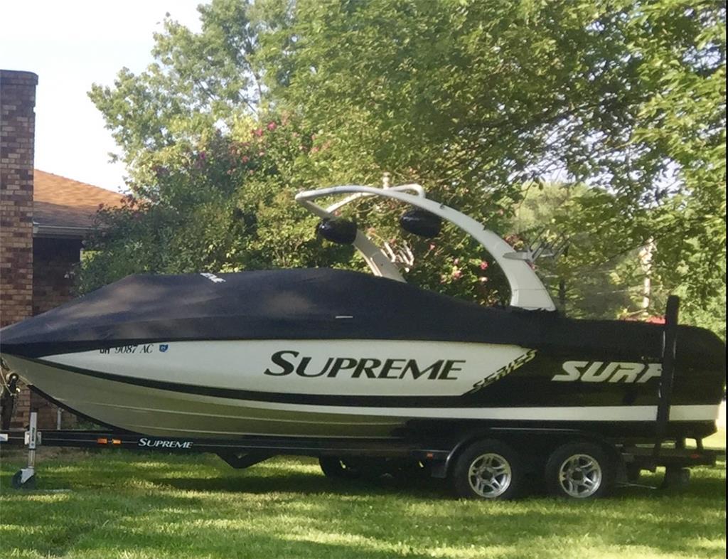 Supreme V226
