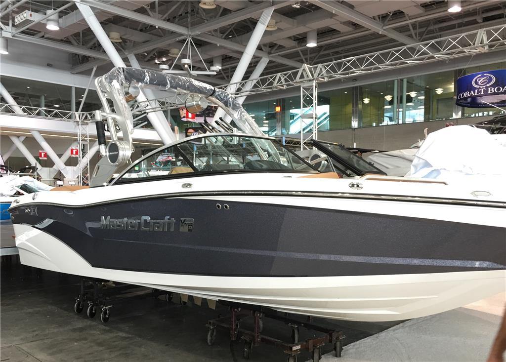 CLOSEOUT! 2019 MasterCraft XT23 w/GEN 2 +, Ilmor 5500 GDI Engine, ZFT4 Tower