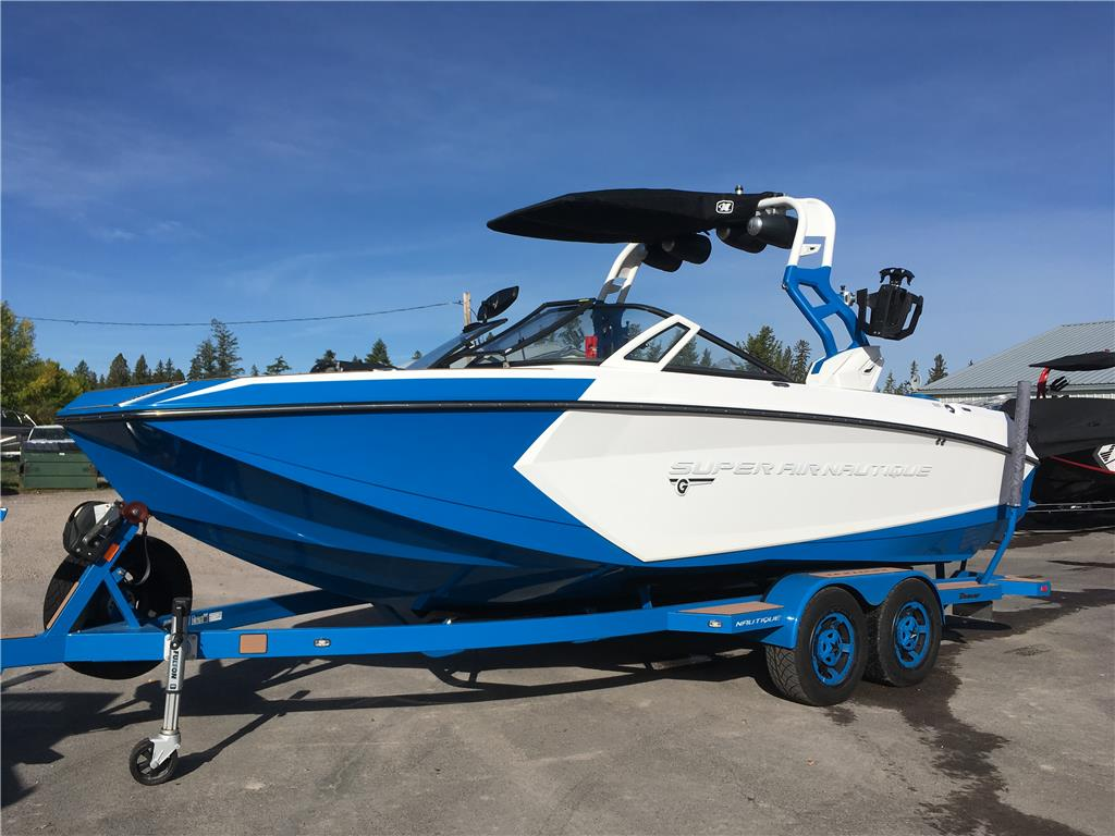 2018 Nautique G23 Masters Blue / White
