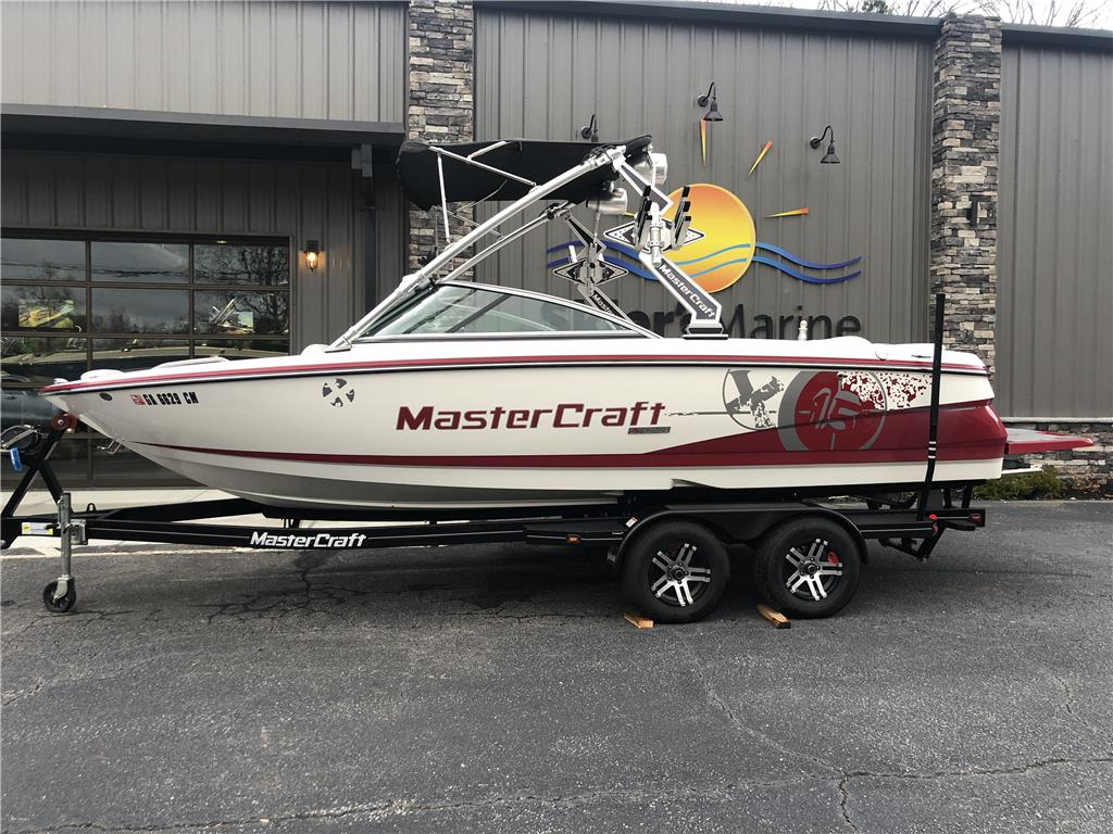 2010 MasterCraft X15 - One Owner, Nicely Equipped!