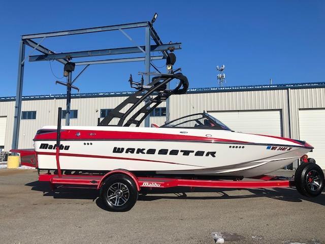 2015 Malibu Boats 20 VTX