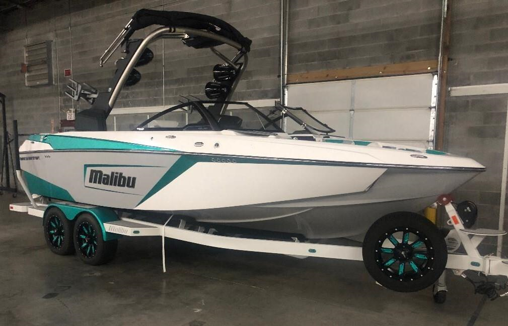 2019 Malibu 23LSV  18 hrs ****Perfect Condition with Gx Tower****
