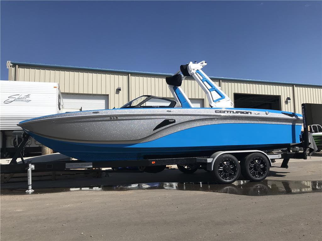 Vi24 Demo Boat - Huge savings!