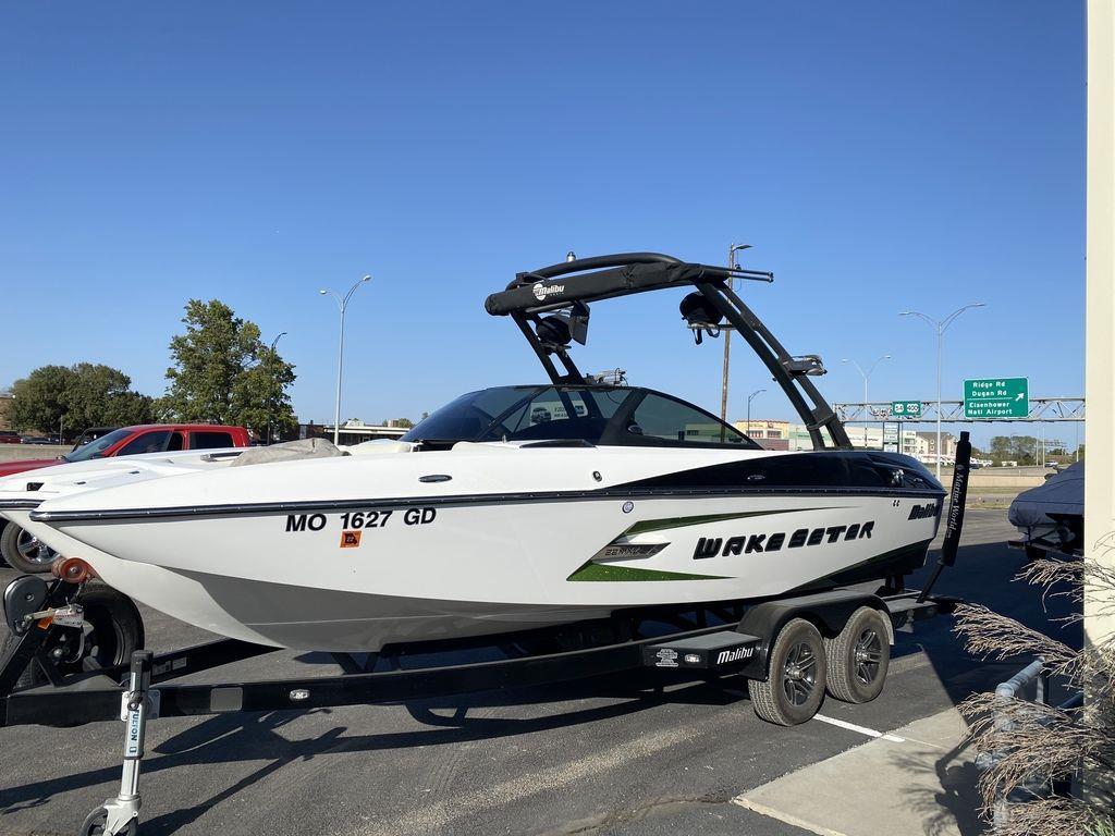2015 Malibu Boats 22 MXZ