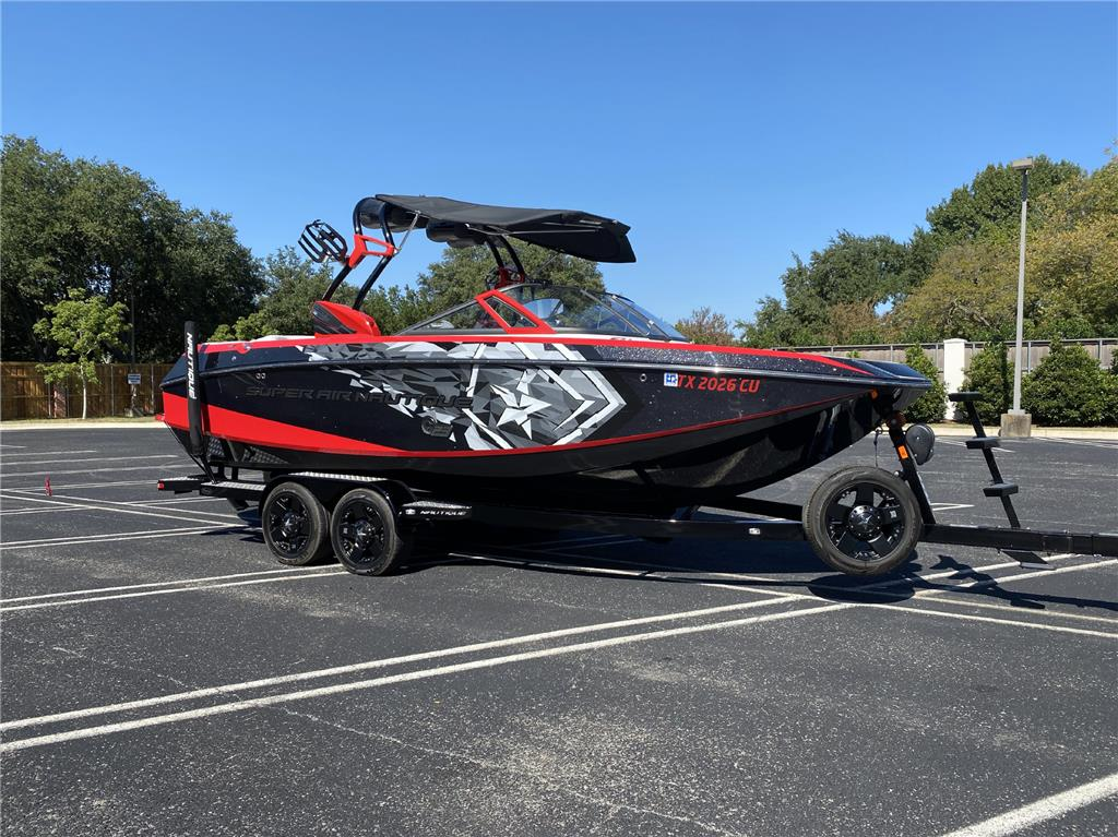 2015 G23 SUPER AIR NAUTIQUE with only 73.9 engine hours with a supercharged motor