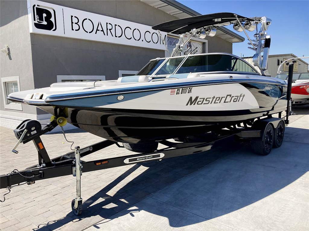 2012 Mastercraft X-45 - FULLY LOADED / Excellent Condition / Low Hours