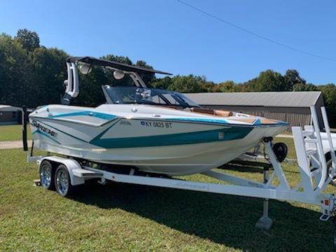 2019 Supreme ZS 212 - REDUCED !!  Available ASAP !!!