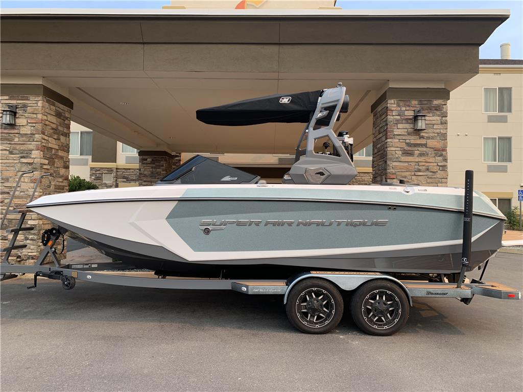 2019 Super Air Nautique G23 / 6.2l H6 Motor / Immaculate / 1-Owner / Extras