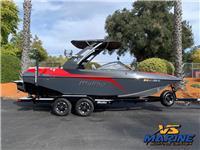 2018 Malibu Boats 21...