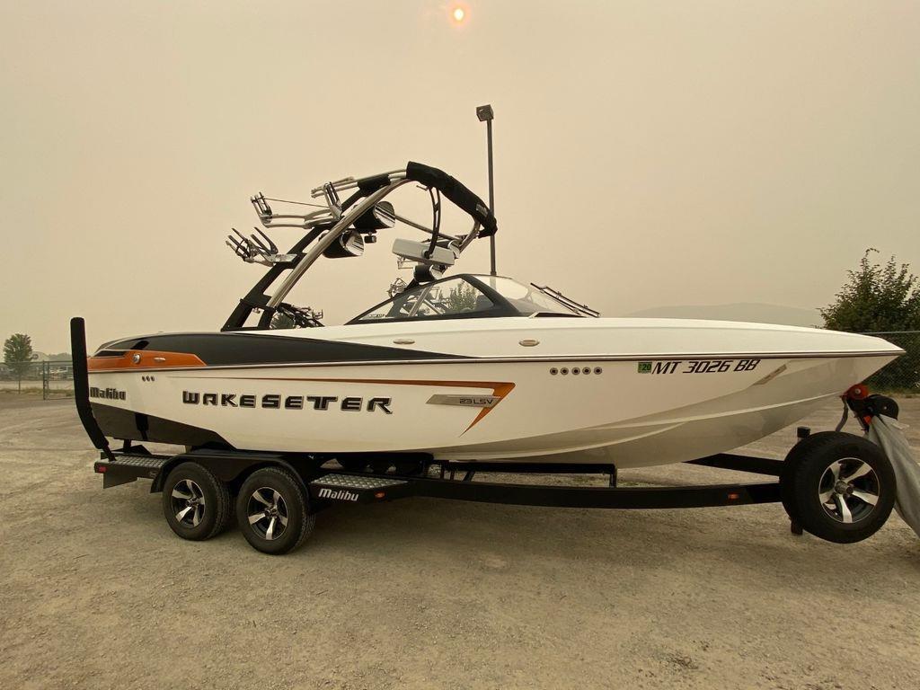 2014 Malibu Boats Wakesetter 23 LSV