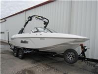2021 Malibu Boats 21...