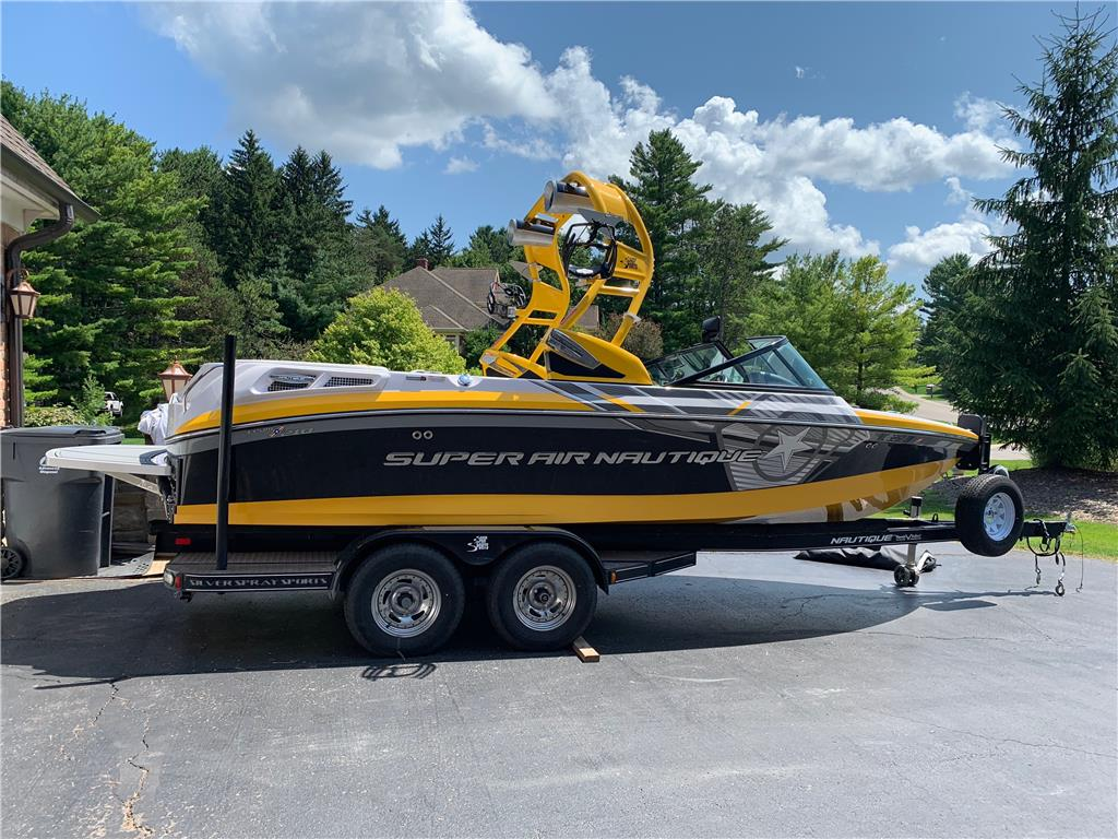 2013 Super air Nautique 210