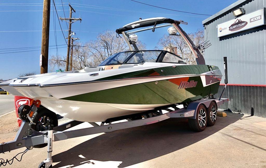 2020 Malibu Boats 22 MXZ