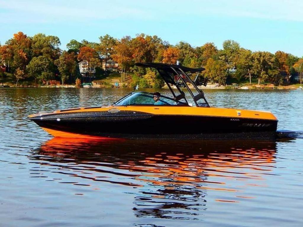 2018 Supreme Boats S226