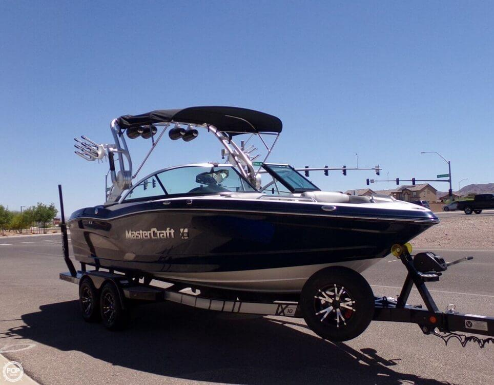 2014 Mastercraft X10 Wake Surf
