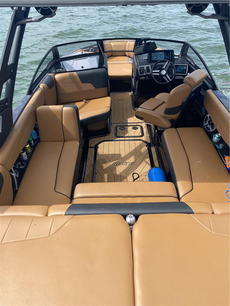 2019 Malibu 22 LSV Perfect Condition, Lift Available!
