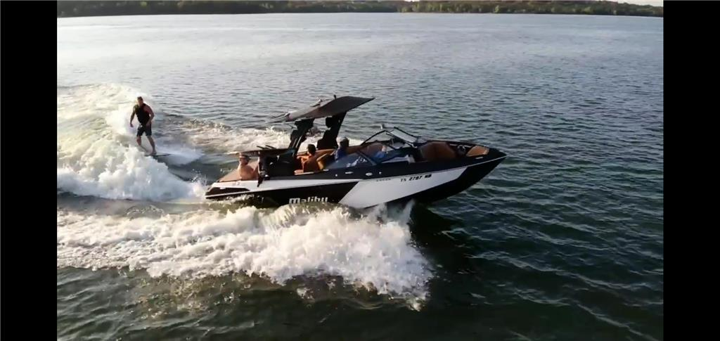 Fully Tricked Out, Dealership Showpiece Malibu 2019 23 LSV Wakesetter