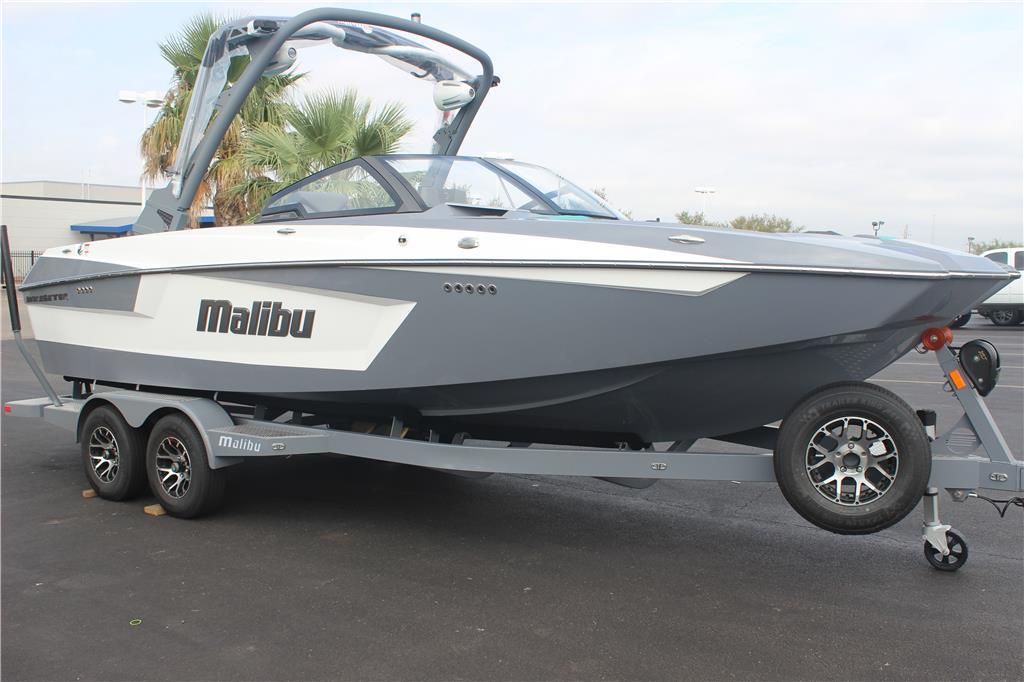 2021 Malibu 23 MXZ
