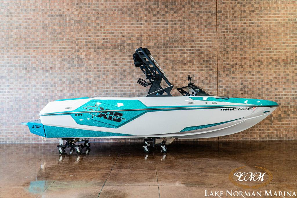2019 Axis Wake Research T22