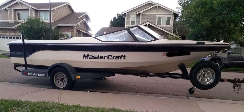 1990 Mastercraft Prostar 190