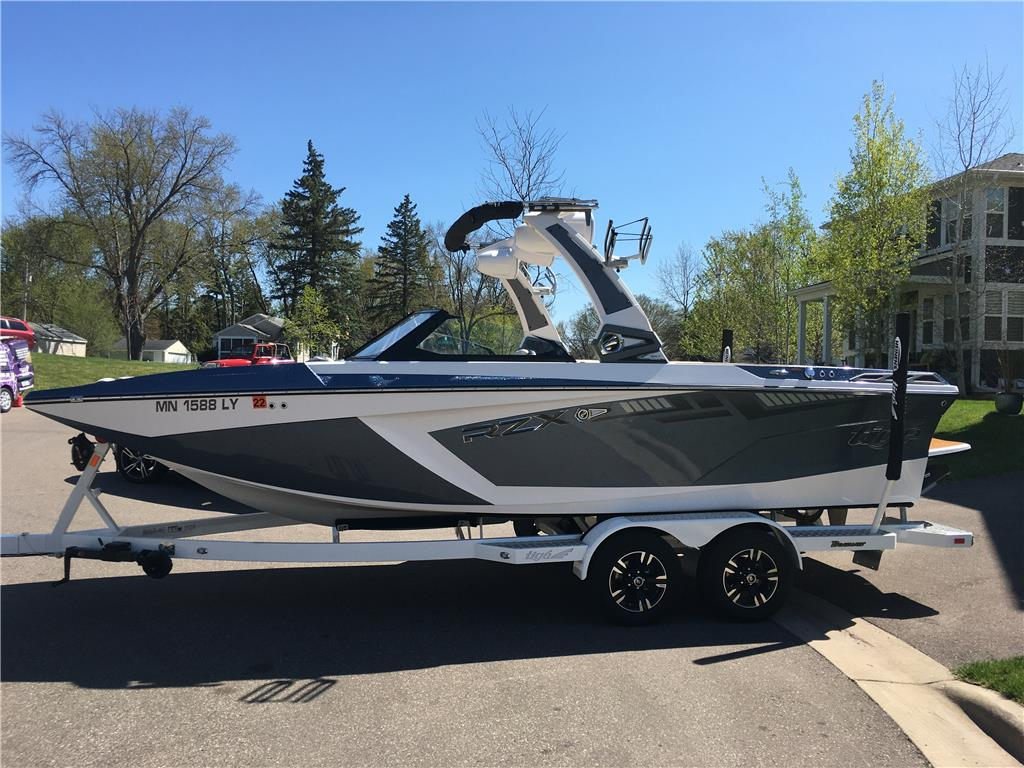 2020 Tige 22RZX  Fully Loaded! Excellent Condition, Warranty, Delivery Available!