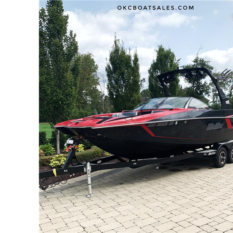 2017 Malibu 24 MXZ Wakesetter - Lowest price in the country