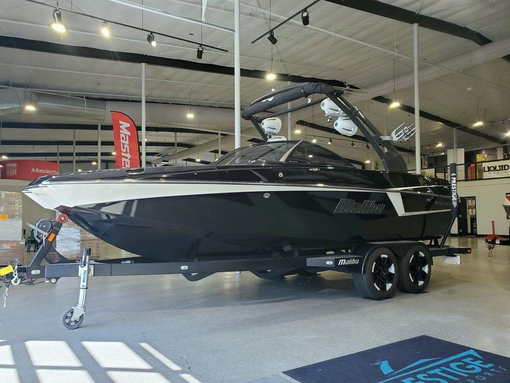 2017 Malibu Boats 22 MXZ