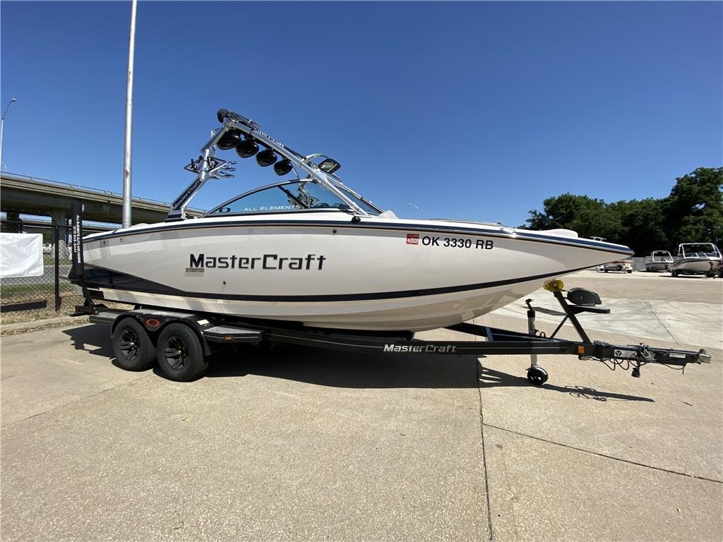 2008 Mastercraft X35 Surf and Wakeboard Boat for Sale - 520 Hours