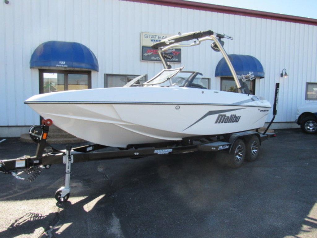 2021 Malibu Boats 21 VLX