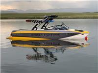 2013 Malibu Boats W2...
