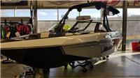 2021 Malibu Boats 20...
