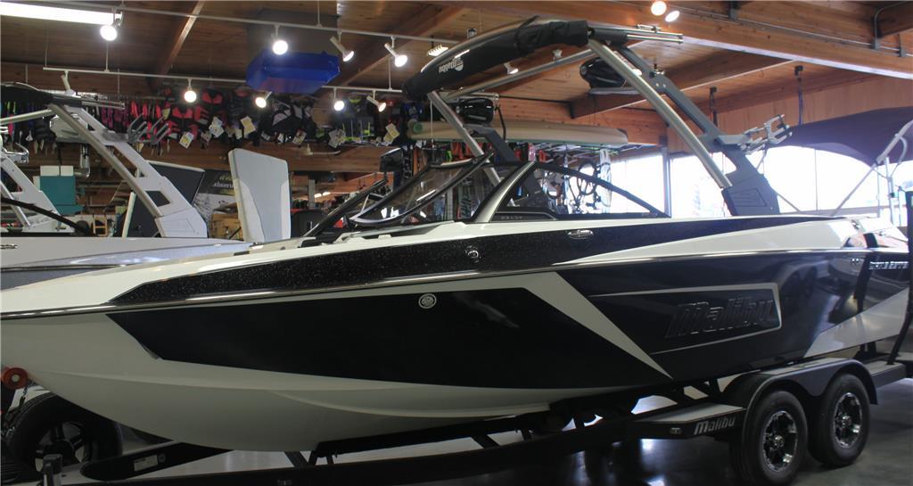 2019 Malibu Boats 23LSV
