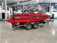 2013 Malibu Boats VL...