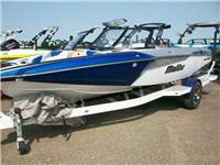 2019 Malibu Boats TX...