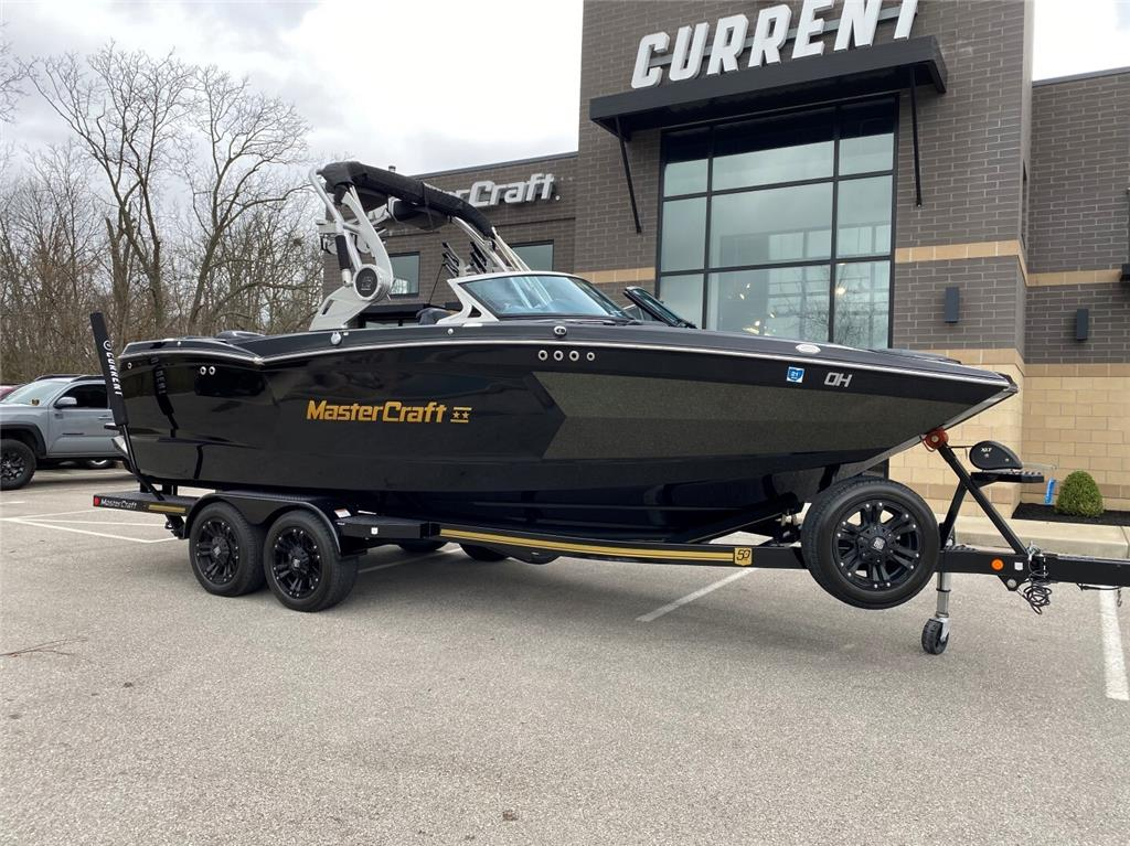 *SALE PENDING* 2018 MasterCraft XStar 50th Anniversary Edition