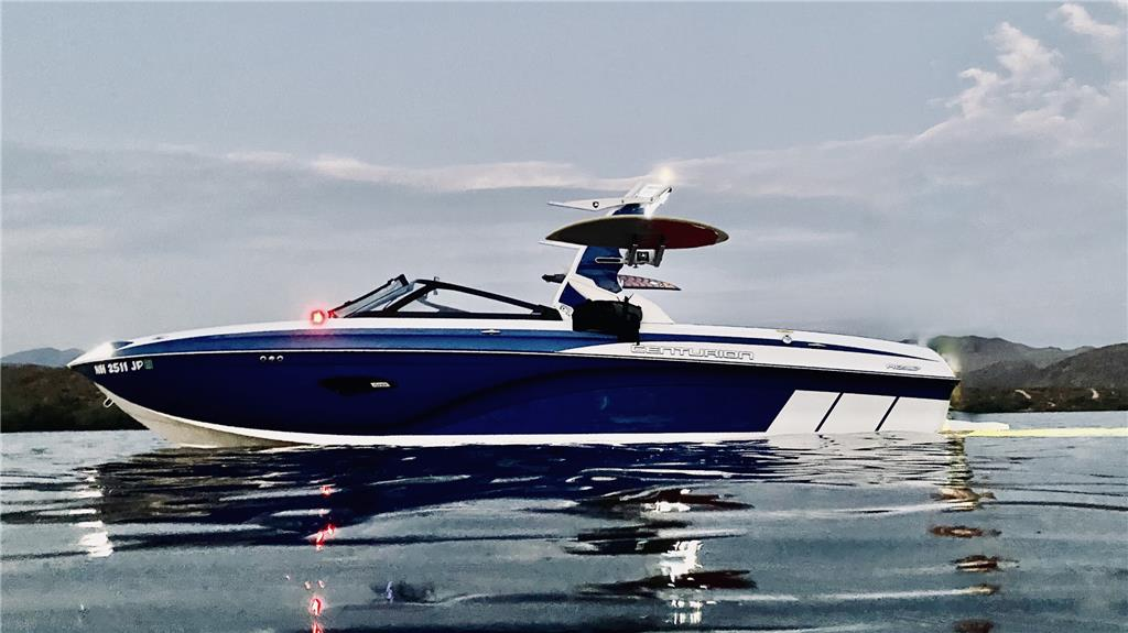 2019 Centurion RI237 with 450 HO ready for summer! PRIVATE SELLER