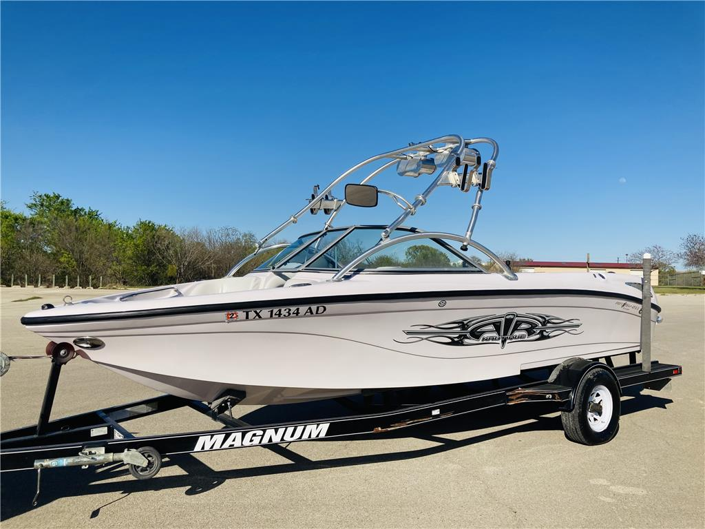 2006 Air Nautique Team Edition Open Bow SV211 21Ft