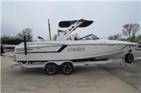 2019 Malibu Boats 24...