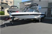 2000 Malibu Boats Su...