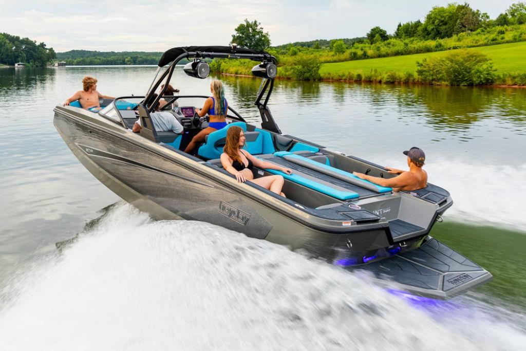 2022 Heyday Wake Boats WT-Surf