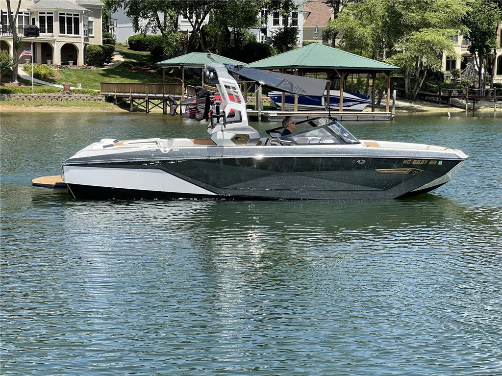 2021 Nautique G25 | LOADED $250K MSRP | LOW HOURS